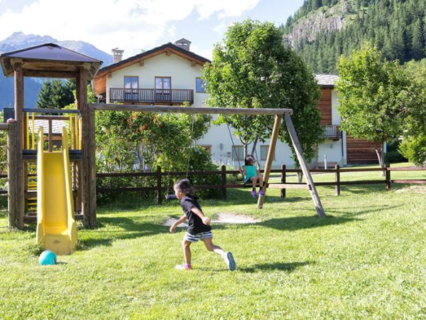 Camping Margherita - Chalet e Resort - Valle d´Aosta, Gressoney-Saint-Jean (AO)